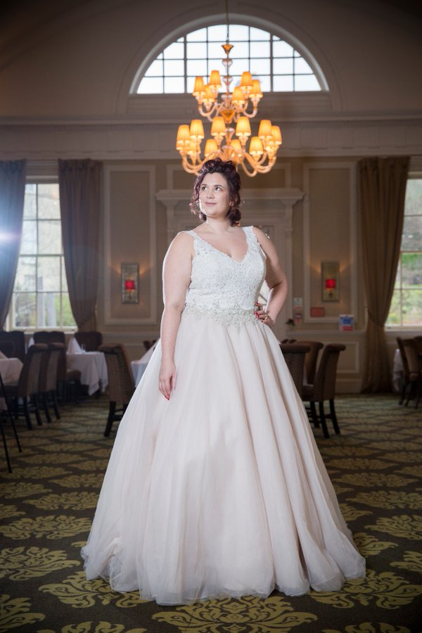 A fat bride the most stunning plus size bridal wear for Wedding dresses for thick brides