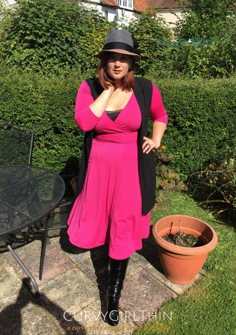 plus-size-transitional-fashion-how-to-take-a-dress-from-summer-to-autumn
