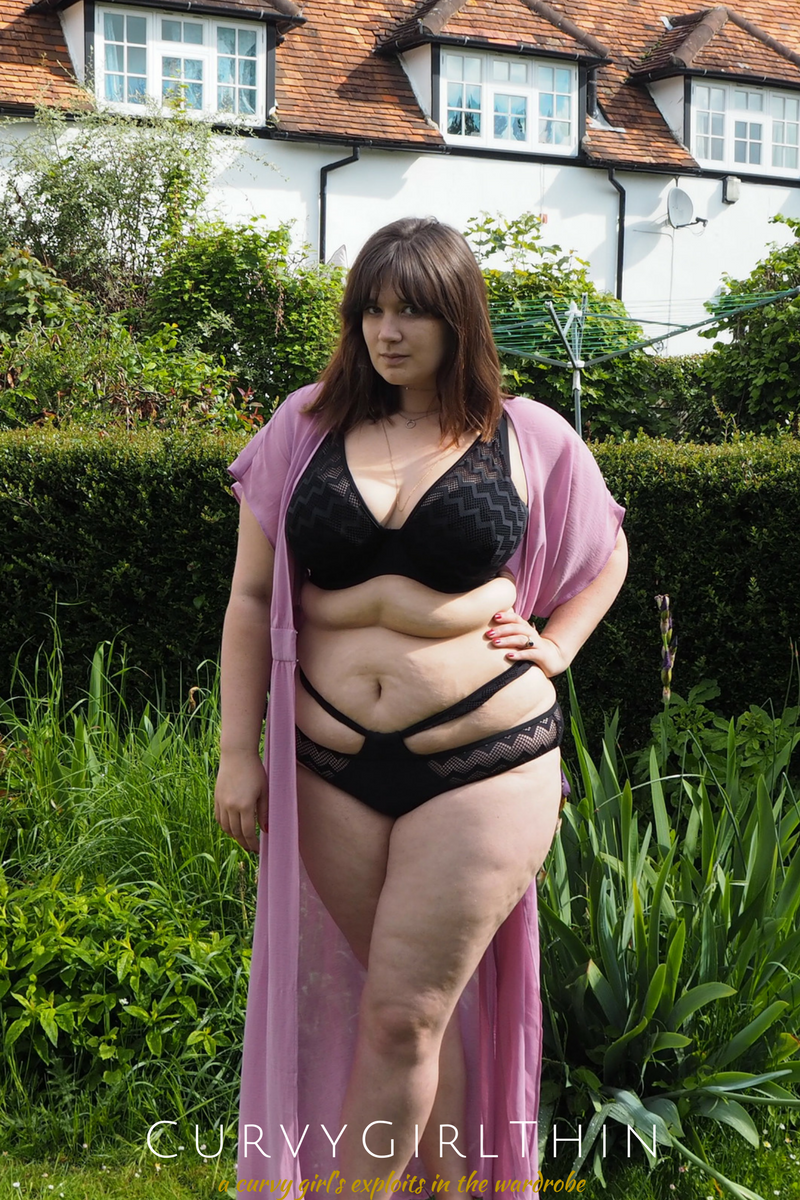 Plus Size Bikini Review_ Curvy Kate Hi Voltage-3